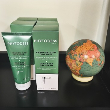 Phytodess hair care products are a natural plant and mineral-based line of haircare products, treating the hair by balancing the pH level at the scalp. Essential oils, clay and minerals are sustainably sourced from Latin America, Africa, Madagascar, Europe and the South Pacific. For more information on the Phytodess Philosphy, click here.
